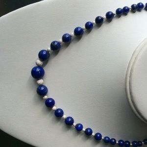 Jewelry - Graduated VTG lapis SS bead necklace
